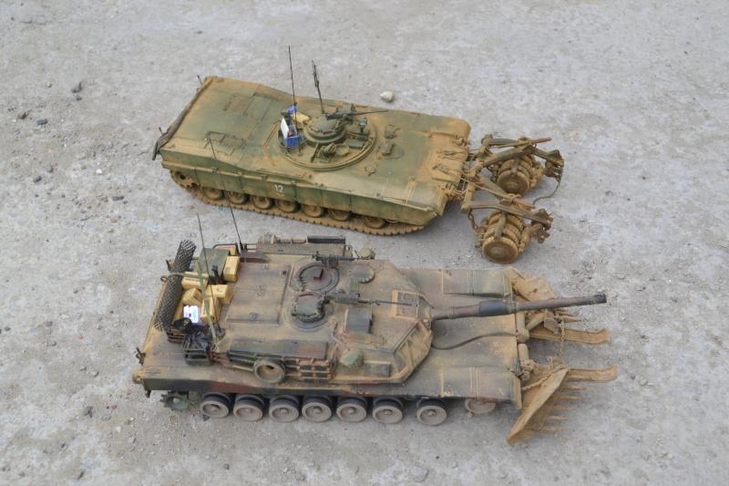 M1 mine rollers et M1 mine plows (dragon et trumpeter 1/35) Dsc_0062