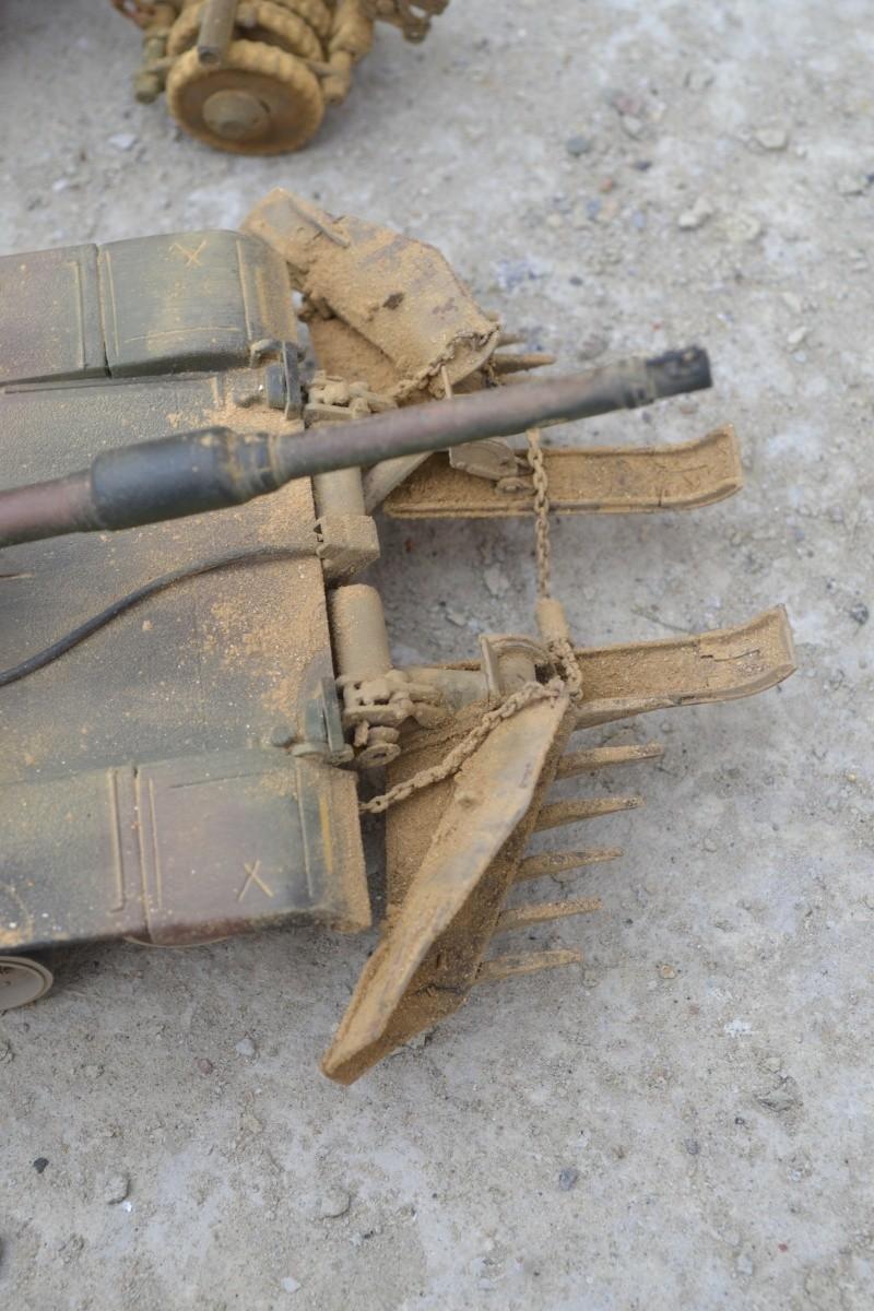 M1 mine rollers et M1 mine plows (dragon et trumpeter 1/35) Dsc_0063
