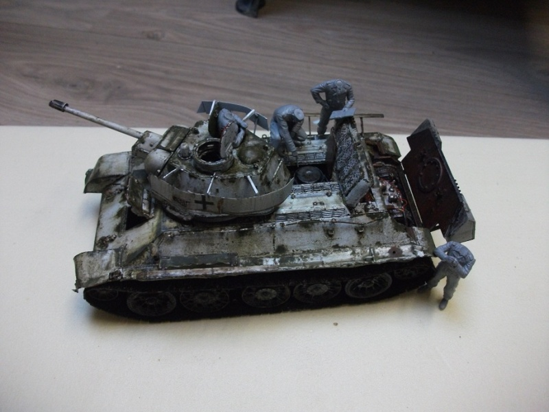 AFV T34/76 Model 1942/43 Factory N°.183  - Page 4 Dscf0023