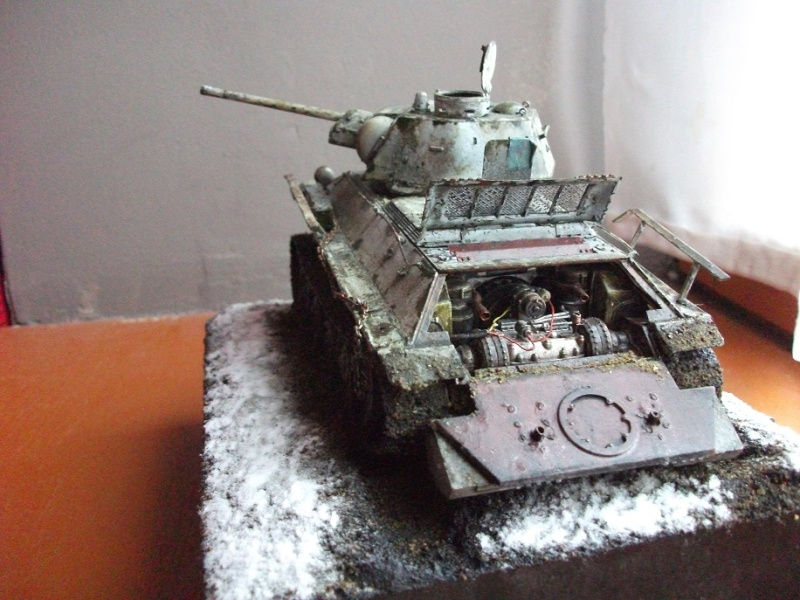 AFV T34/76 Model 1942/43 Factory N°.183  - Page 4 Dscf0916