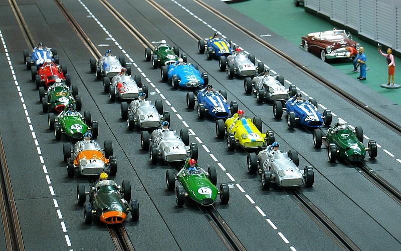 Catégorie pour septembre 2014 : revival Cartrix F1 Legends Manage10
