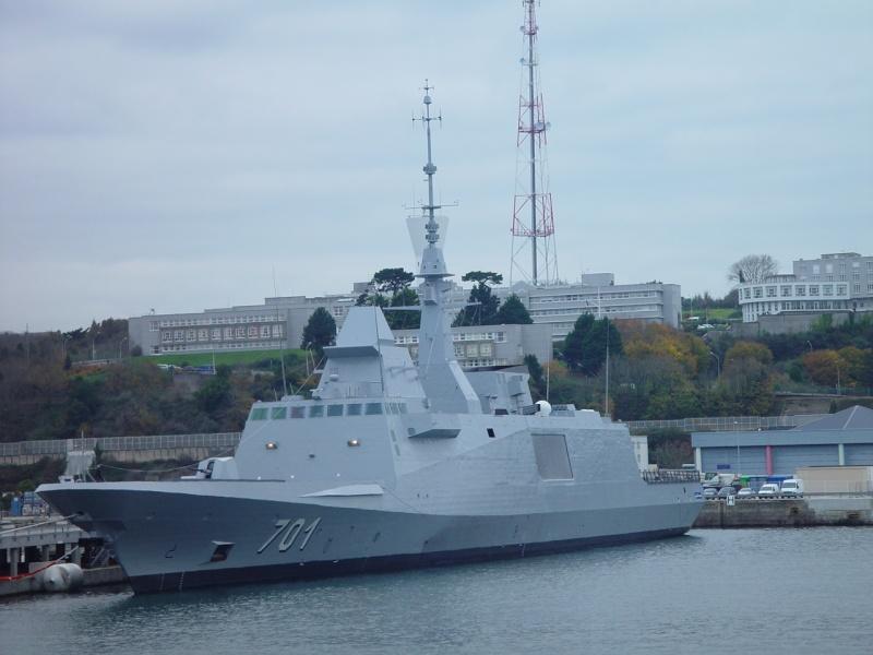 [Les ports militaires de métropole] Port de BREST - Page 5 Dsc00218