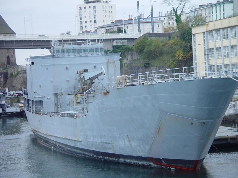 [Les ports militaires de métropole] Port de BREST - TOME 2 - Page 5 Jcr_fi10