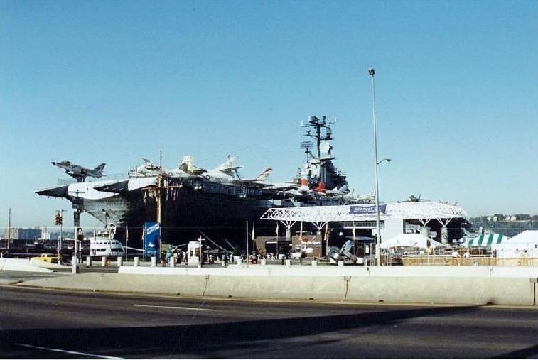 Visite de l'USS INTREPID EN 1992 Img-9210