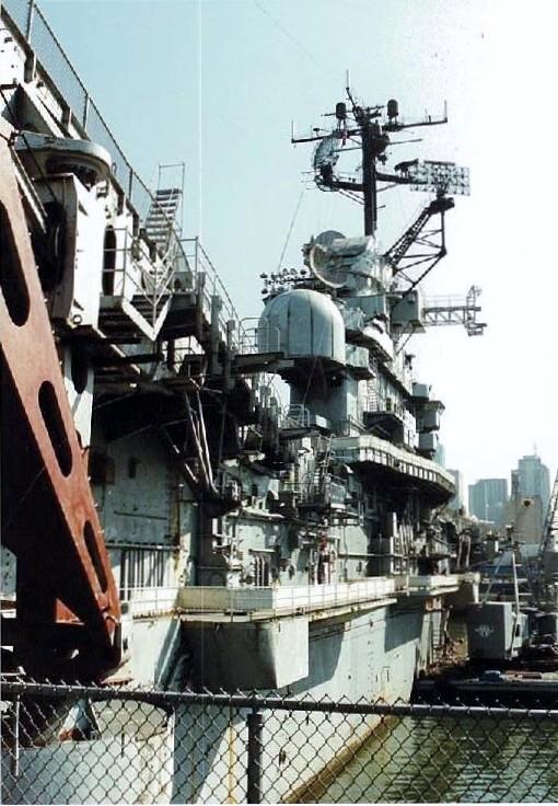 Visite de l'USS INTREPID EN 1992 Img-9211