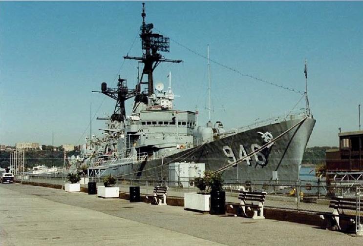Visite de l'USS INTREPID EN 1992 Img-9213