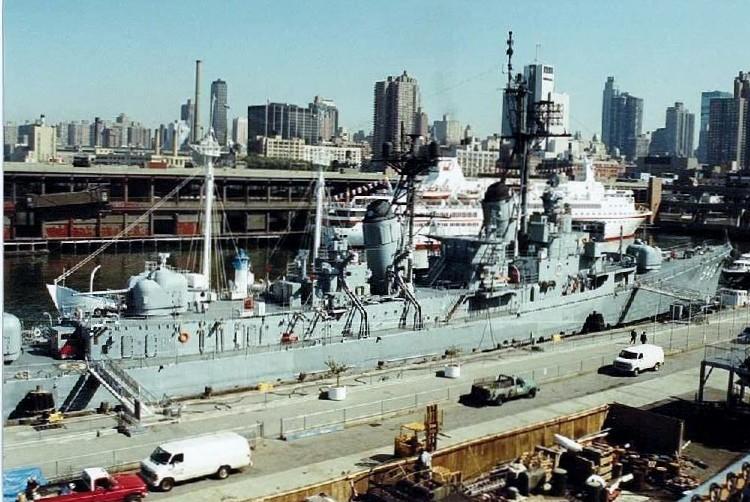 Visite de l'USS INTREPID EN 1992 Img-9214