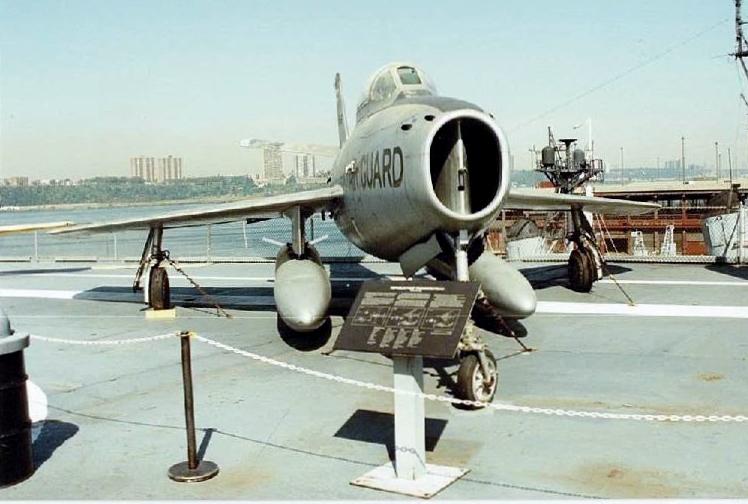 Visite de l'USS INTREPID EN 1992 Img-9230