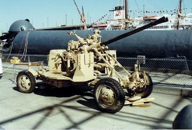 Visite de l'USS INTREPID EN 1992 Img-9233