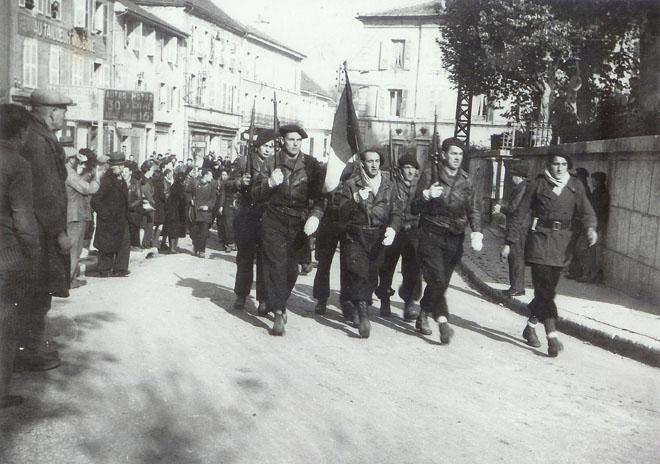 11 novembre 1943 : le défilé d'Oyonnax 7810