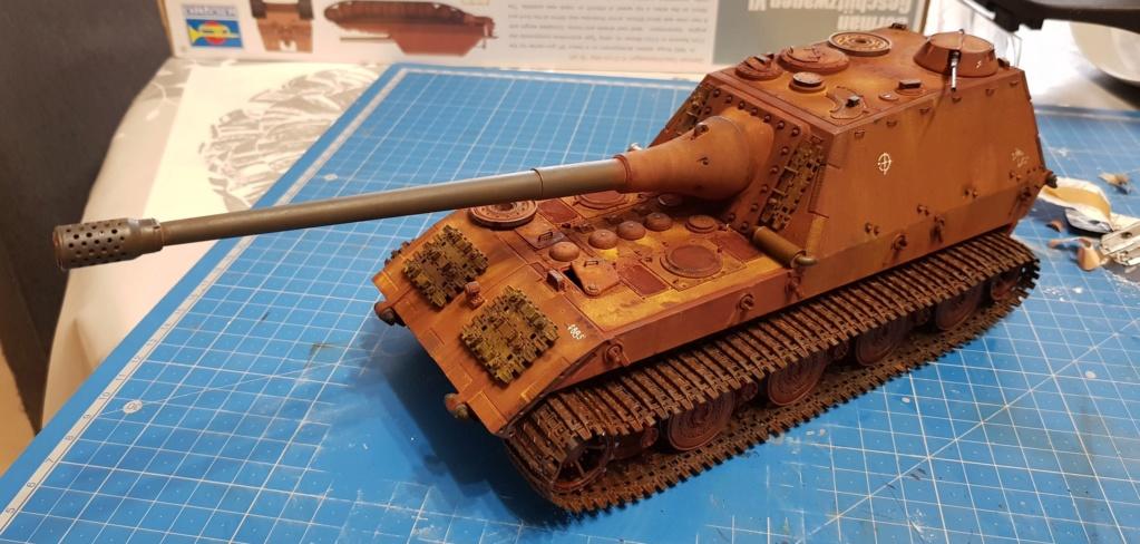 Jagdpanzer E 100  Amusing Hobby 1/35 20190110