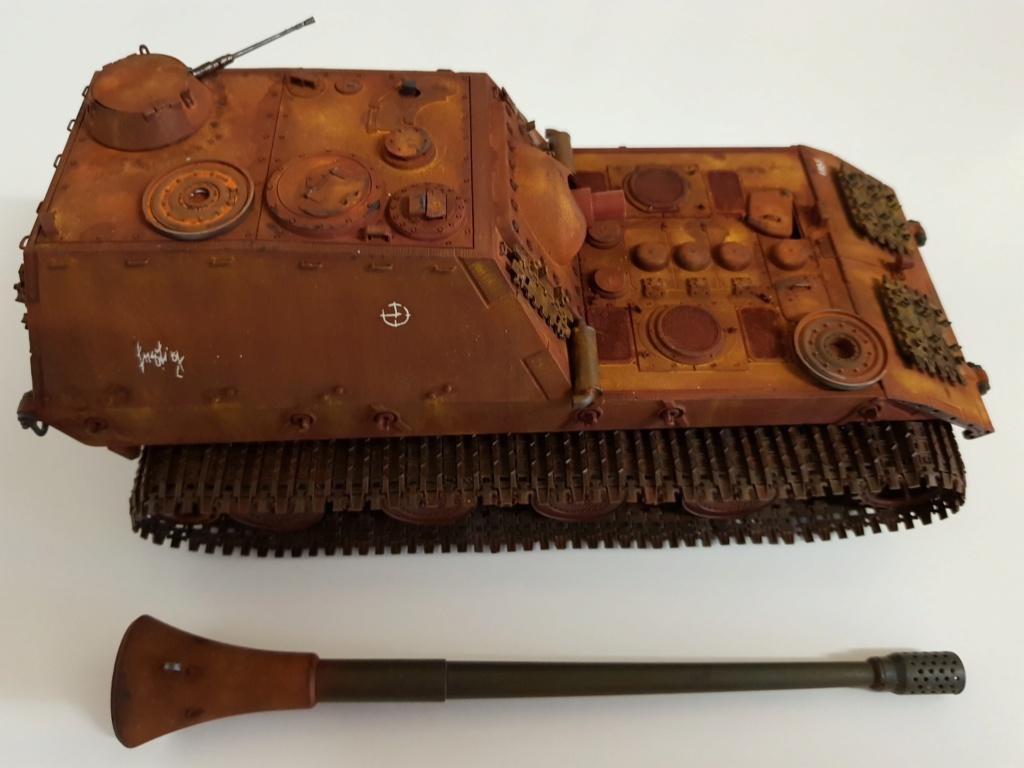 Jagdpanzer E 100  Amusing Hobby 1/35 20190113