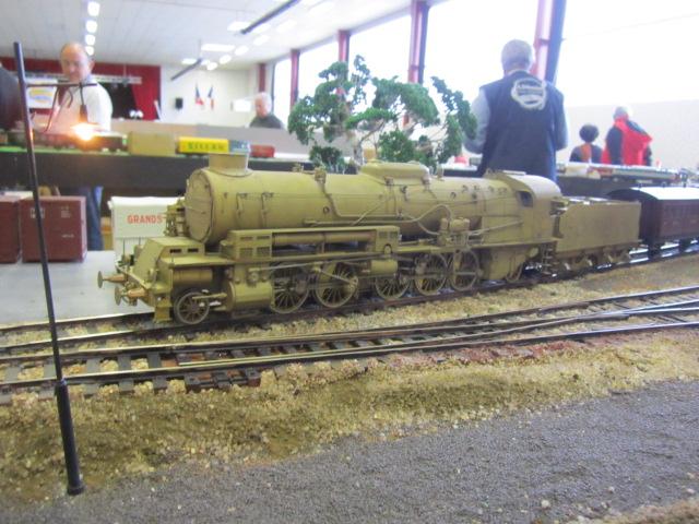 une loco vapeur Mes_im21