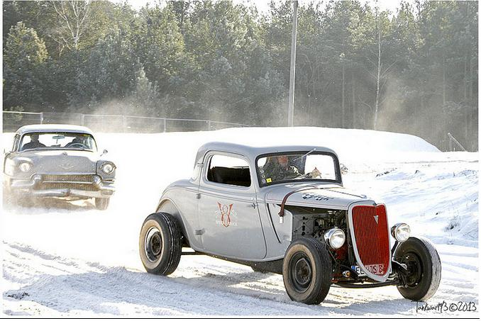 hot rod in snow  Sans_t10