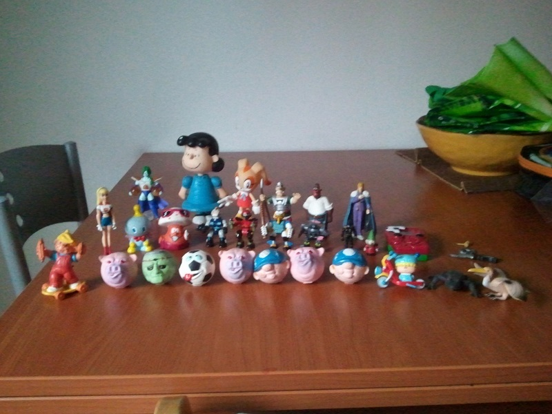 Lotto Mini figures varie: SFRIZZO, ASTERIX, HNK, Z-BOTS, DRAGON BALL... Wp_00437