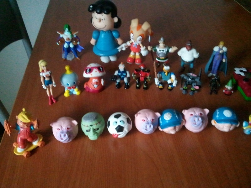 Lotto Mini figures varie: SFRIZZO, ASTERIX, HNK, Z-BOTS, DRAGON BALL... Wp_00438