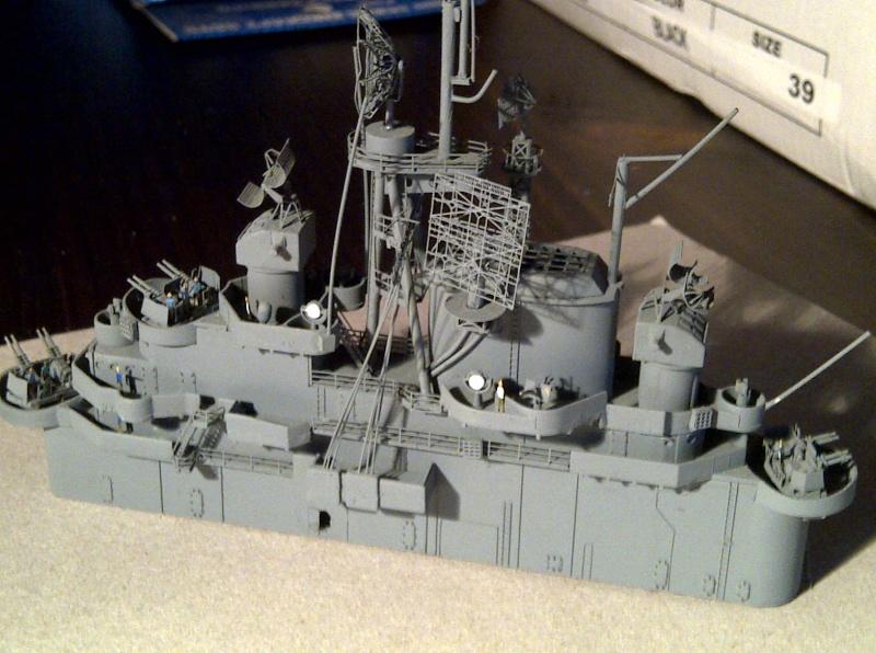 USS Essex CV-9 1:350 Img-2198
