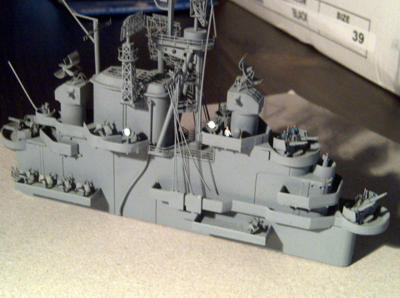 USS Essex CV-9 1:350 Img-2199
