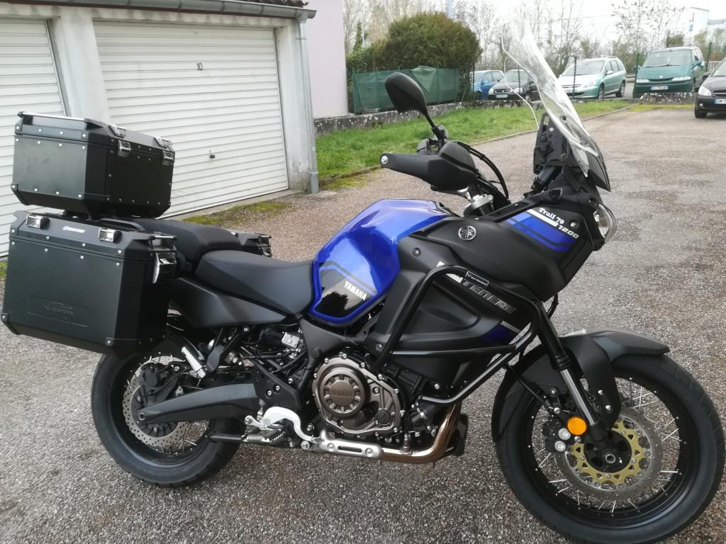 enfin ma moto est complète Img_2011