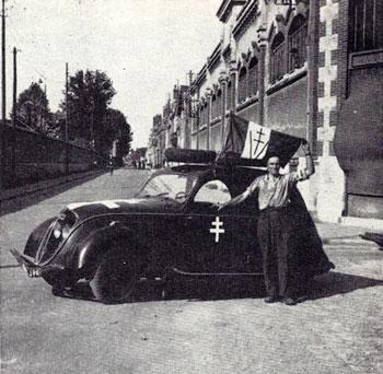 automobile en uniforme - Page 5 06_4111