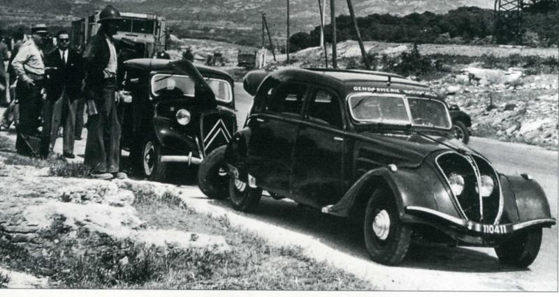 automobile en uniforme - Page 5 A959da11