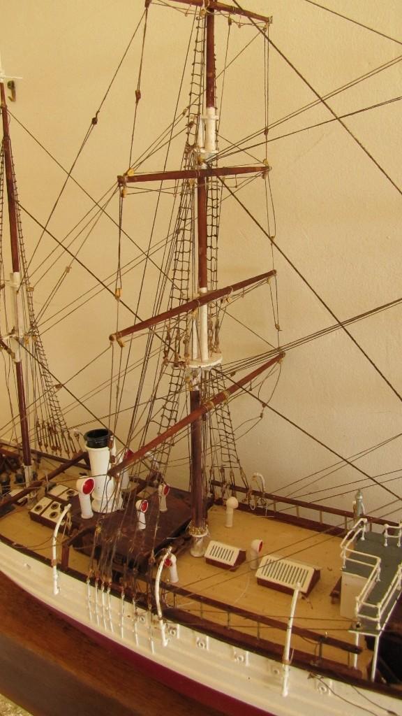 Le Pourquoi Pas, au 1/75ème - Billing Boat,  - Page 2 008_5710