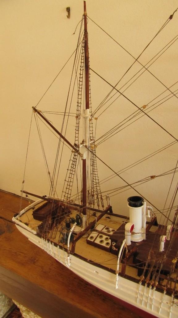 Le Pourquoi Pas, au 1/75ème - Billing Boat,  - Page 2 009_5710