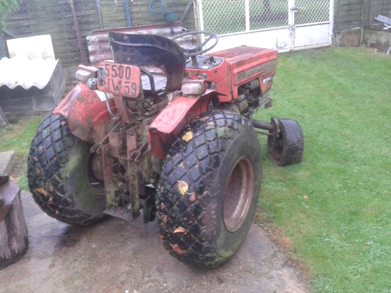 Laurent4235 et son micro tracteur Massey 2000 20131013