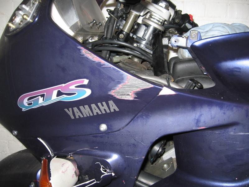 Vds nombreuses pièces de 1000 GTS bleue Damont10