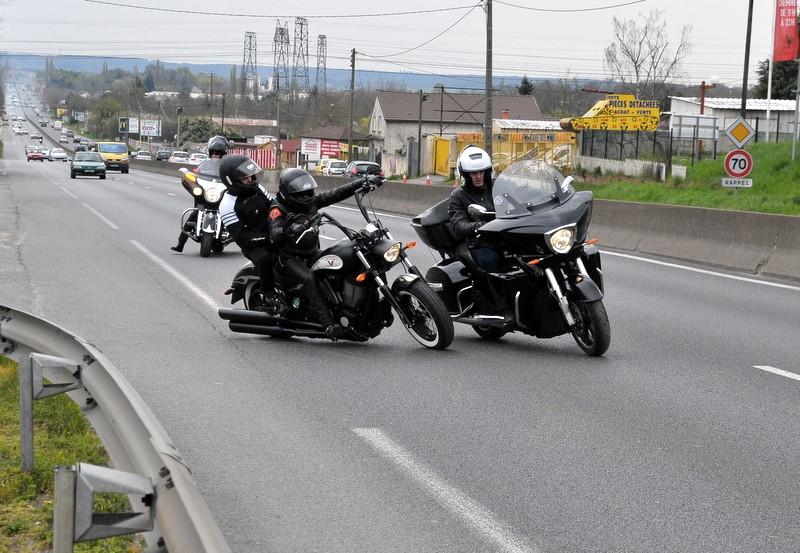 Balade du 30/03/14, départ devant Legend Bikes (91) Jj2_5411