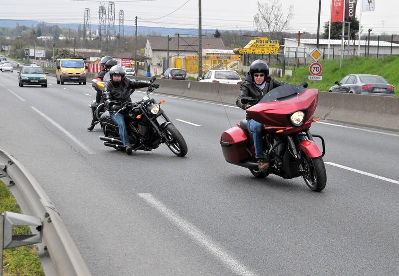 Balade du 30/03/14, départ devant Legend Bikes (91) Jj2_5414
