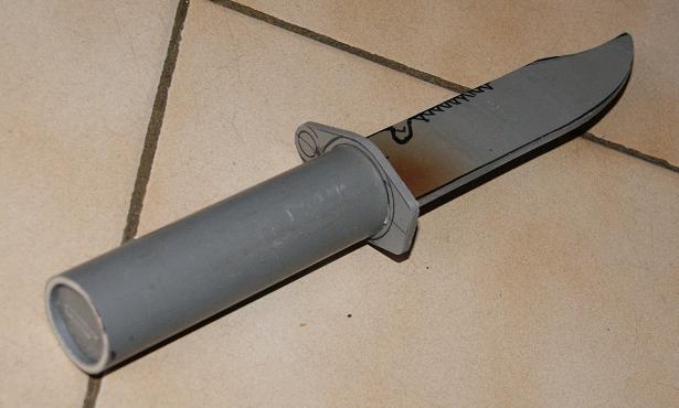 Tuto Fabriquer un couteau spécial airsoft en PVC Coutea26