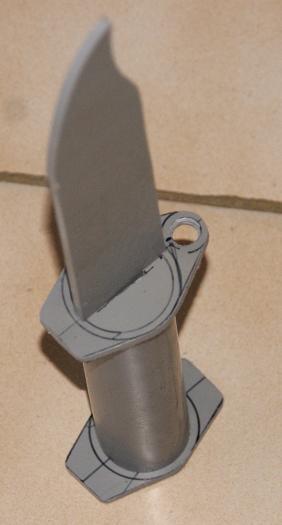 Tuto Fabriquer un couteau spécial airsoft en PVC Coutea31