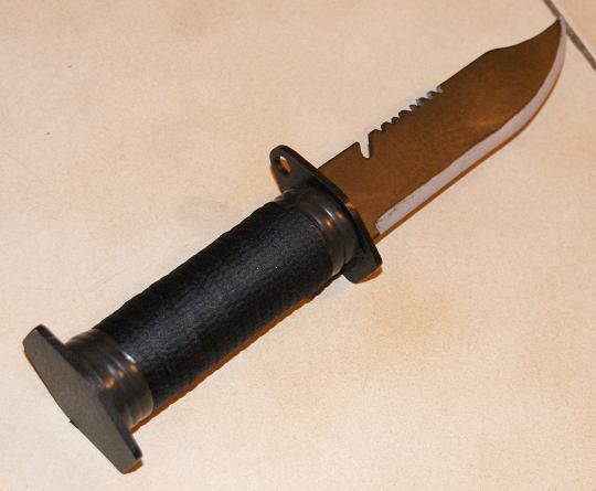 Tuto Fabriquer un couteau spécial airsoft en PVC Coutea41