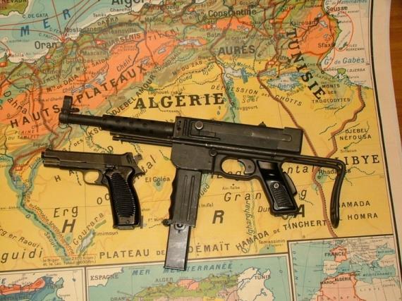 """Le PM """"MAT 49"""" de la Manufacture d'Armes de Tulle 000ano10"""