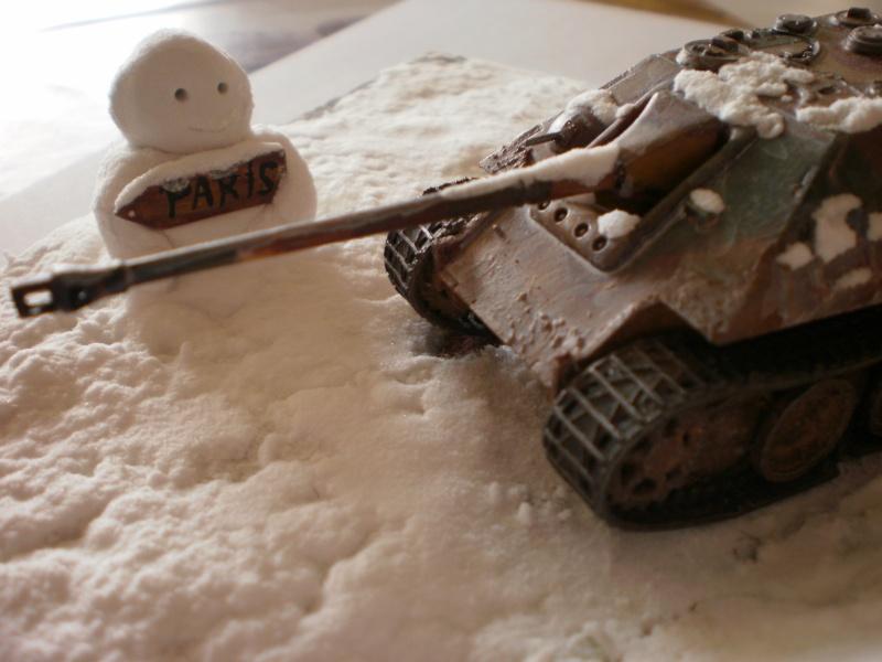 [Matchbox] Jagdpanther 1/76 tenue hiver P4270011