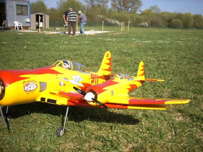 Le Hawker SEA Fury de Graupner - Page 2 Spa50522