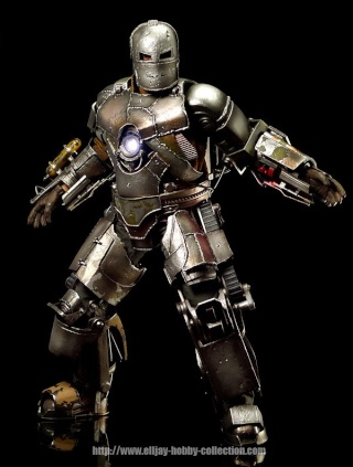 Iron Man (Hot Toys) 30914310