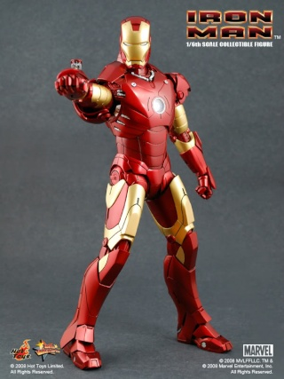 Iron Man (Hot Toys) 3ironm10