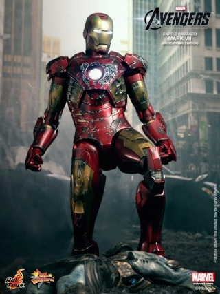 Iron Man (Hot Toys) 62565710