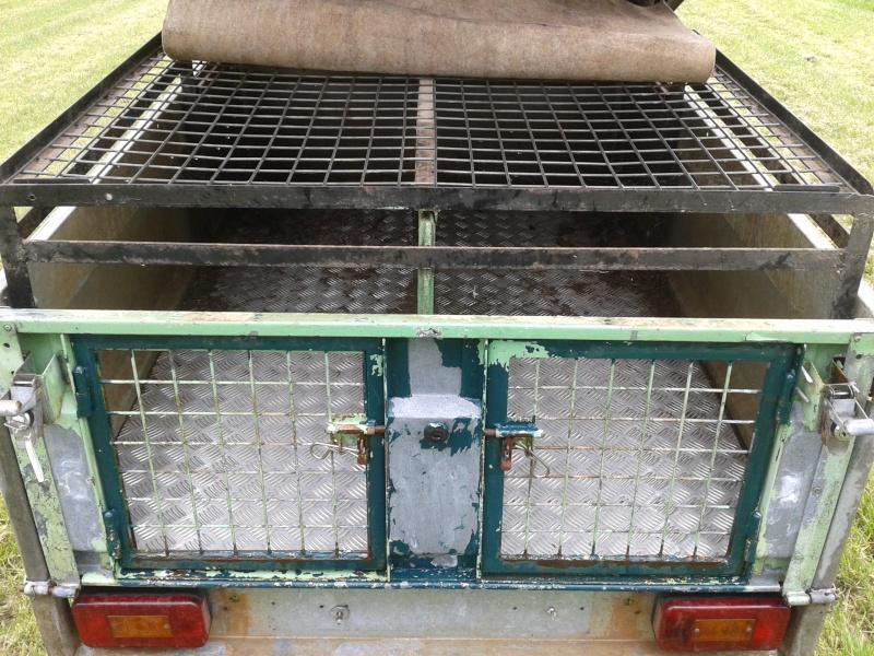 Remorque pour transport de chiens de chasse 20140412