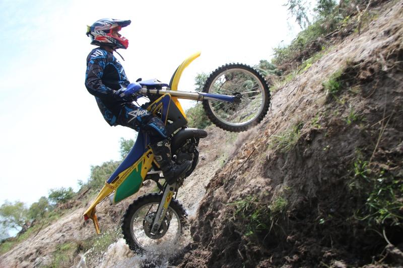 photo de vos moto pour création bannière - Page 7 Img_0610