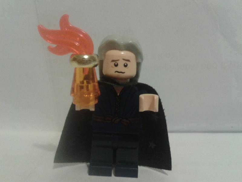 Lego Minifigs Alchem10
