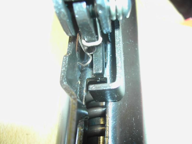 stoeger X10 démontage de la détente HELP Pict3324