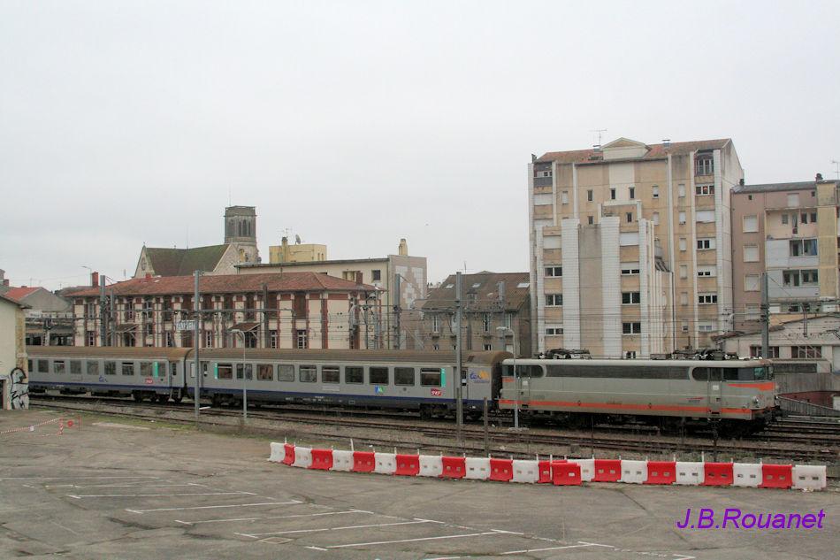 Vidéo de trains à AGEN en 2011 Agen10