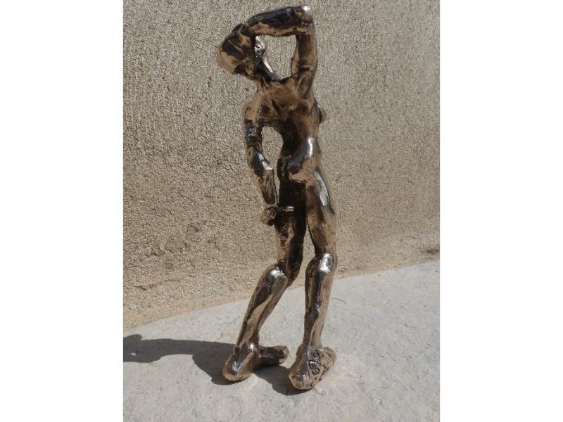 pas à pas d'une petite sculpture en bronze - Page 2 _natu211