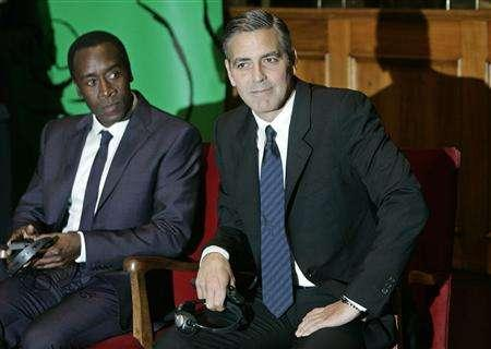 George Clooney & Don Cheadle Honored By Nobel Prize Recipients - November 2007 07-12_13