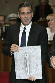 George Clooney & Don Cheadle Honored By Nobel Prize Recipients - November 2007 07-12_14