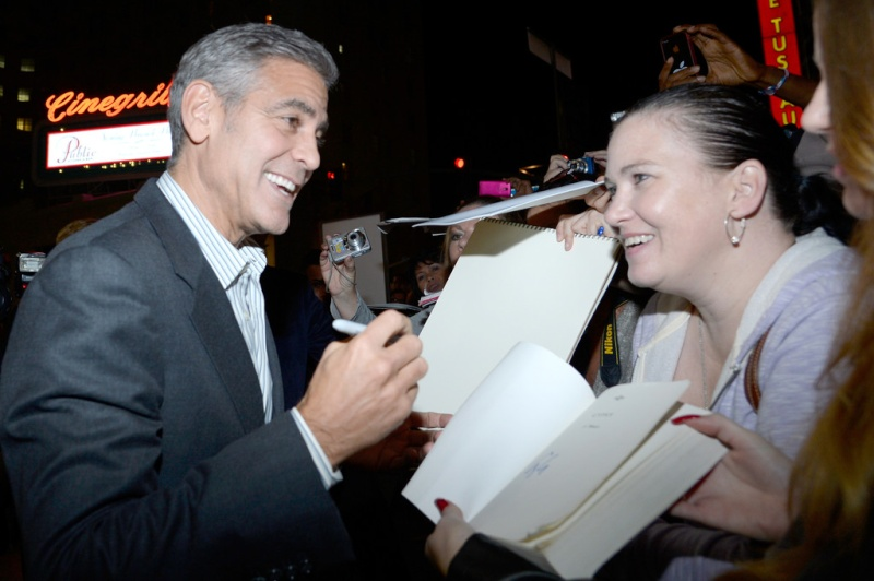 George Clooney at the AFI film fest, 8 Nov 2013, at a screening of August Osage County - Page 2 13-11_33