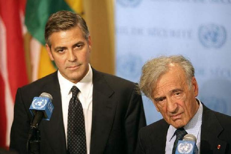 George Clooney George Clooney George Clooney! - Page 10 Aa200610